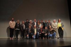 Els premiats, amb els organitzadors del festival, autoritats de Reus i membres dels jurats.